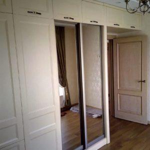 Шкаф стенка из МДФ, шпон дуба и эмаль